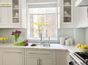 3-Great-Ideas-for-Decorating-Kitchens-with-White-Cabinets-4